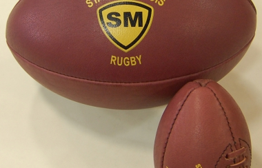 Arrivée des nouveaux ballons en cuir à la boutique